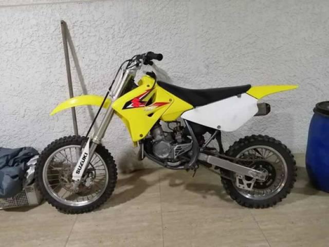 Suzuki rm amarillo $1.400.000